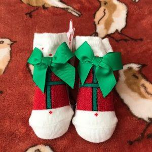 Mud pie holiday socks
